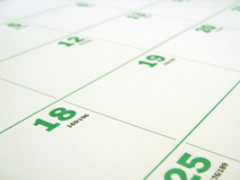 How To: Schedule Up To 50 Tweets At Once Using HootSuite